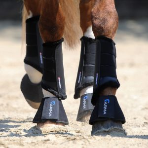 arma horse boots